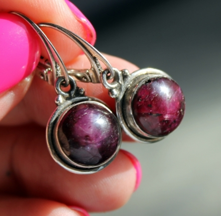 Rubin cabochon, earrings, sterling silver